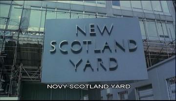Scotland Yard, v tomto případě sídlo hňupů